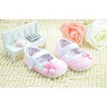 Hướng dẫn mua giày cho con trẻ