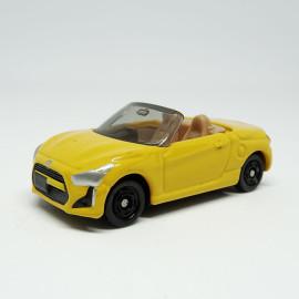 Xe Mui Trần Mô Hình Tomica Daihatsu Copen - Vàng
