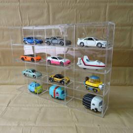 Kệ Mica trong suốt 12 ô trưng bầy xe mô hình Tomica 21x31cm