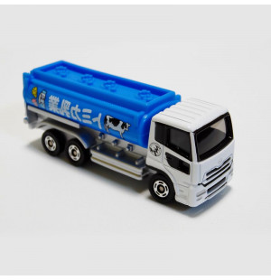 Xe tải chở sữa bò mô hình Tomica Nissan Diesel Quon