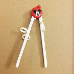 Đũa tập ăn cho bé Chuột Mickey TM12025 xuất Nhật