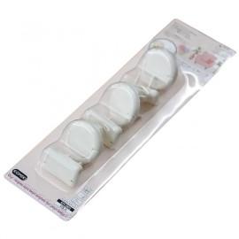 Vỉ 6 Miếng Nhựa Bịt Ổ Điện 2 Chân Và 3 Chân Komeki Nhật Bản KM-5802