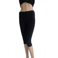 Quần tập yoga dáng lửng màu đen