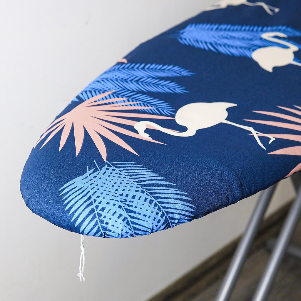 Bàn để ủi quần áo khung thép dạng đứng Lebenlang LBB363
