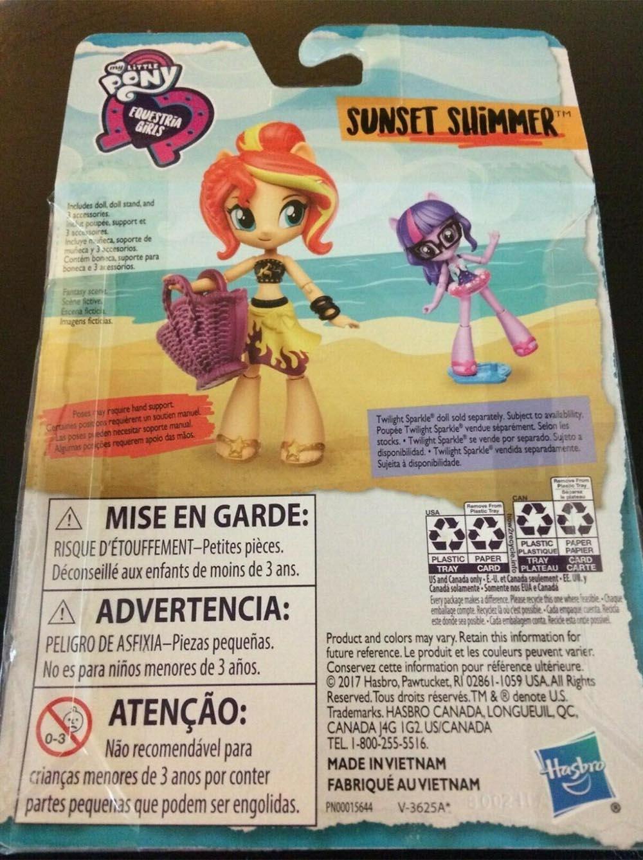Búp bê My Little Pony cô gái Equestria trên bãi biển Beach Sunset Shimmer