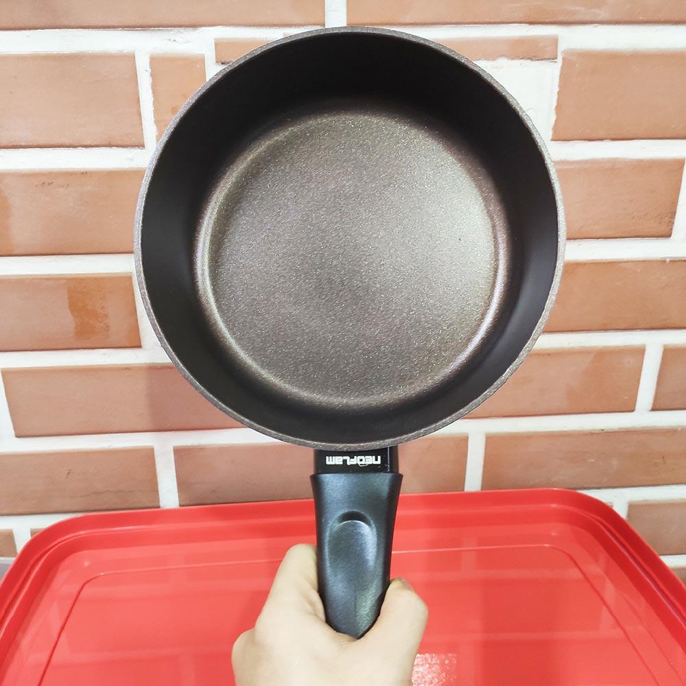 Chảo phủ gốm chống dính Ecolon Neoflam Hàn Quốc 20cm dùng bếp từ