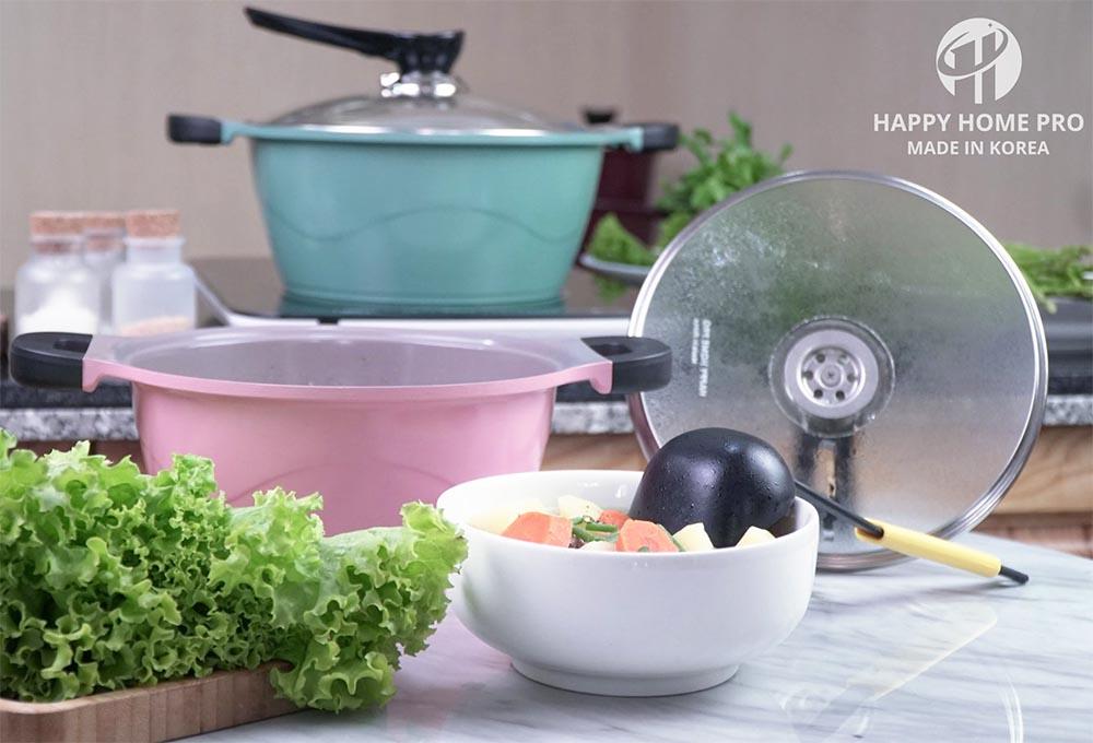 Nồi nhôm tráng sứ Yoori Happy Home Pro size 20cm - Xanh pastel