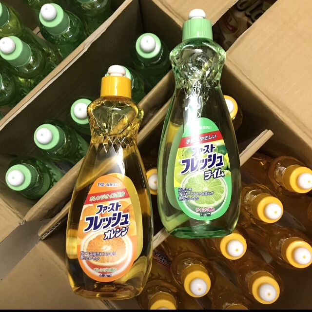 Chai nước rửa chén bát hương hoa quả 600ml Rocket nội địa Nhật Bản