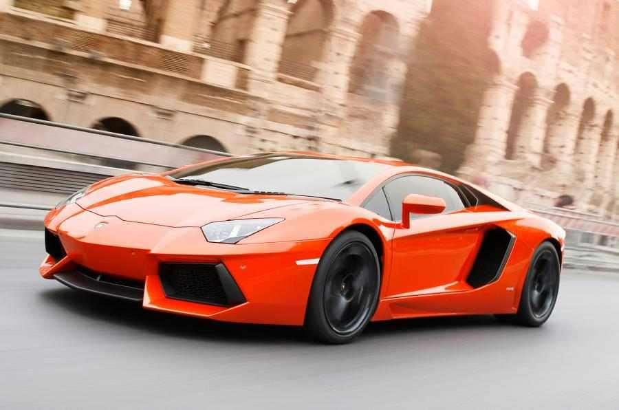 Siêu xe ô tô mô hình Tomica Lamborghini Aventador