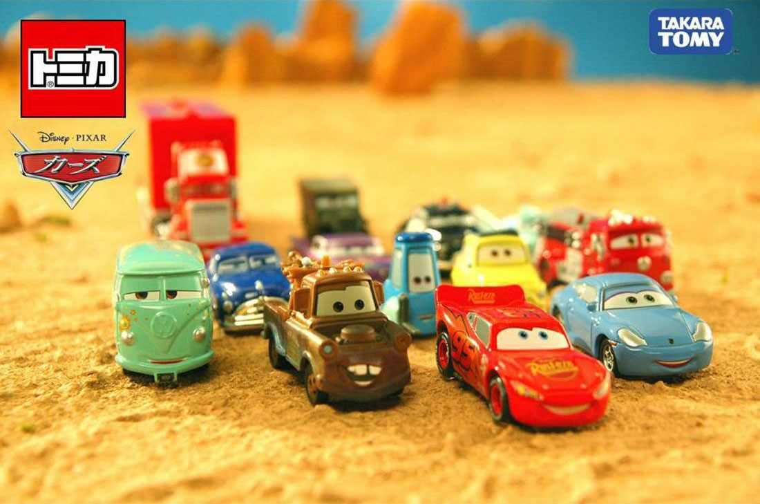 Xe ô tô mô hình Disney Pixar Cars Lighting McQueen Fire Department