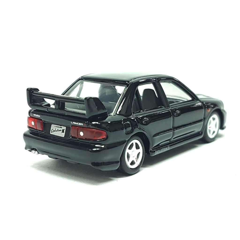Xe ô tô mô hình Tomica Mitsubishi Lancer GSR Evolution III