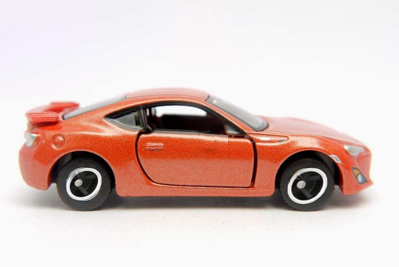 Xe ô tô mô hình Tomica Limited Toyota 86