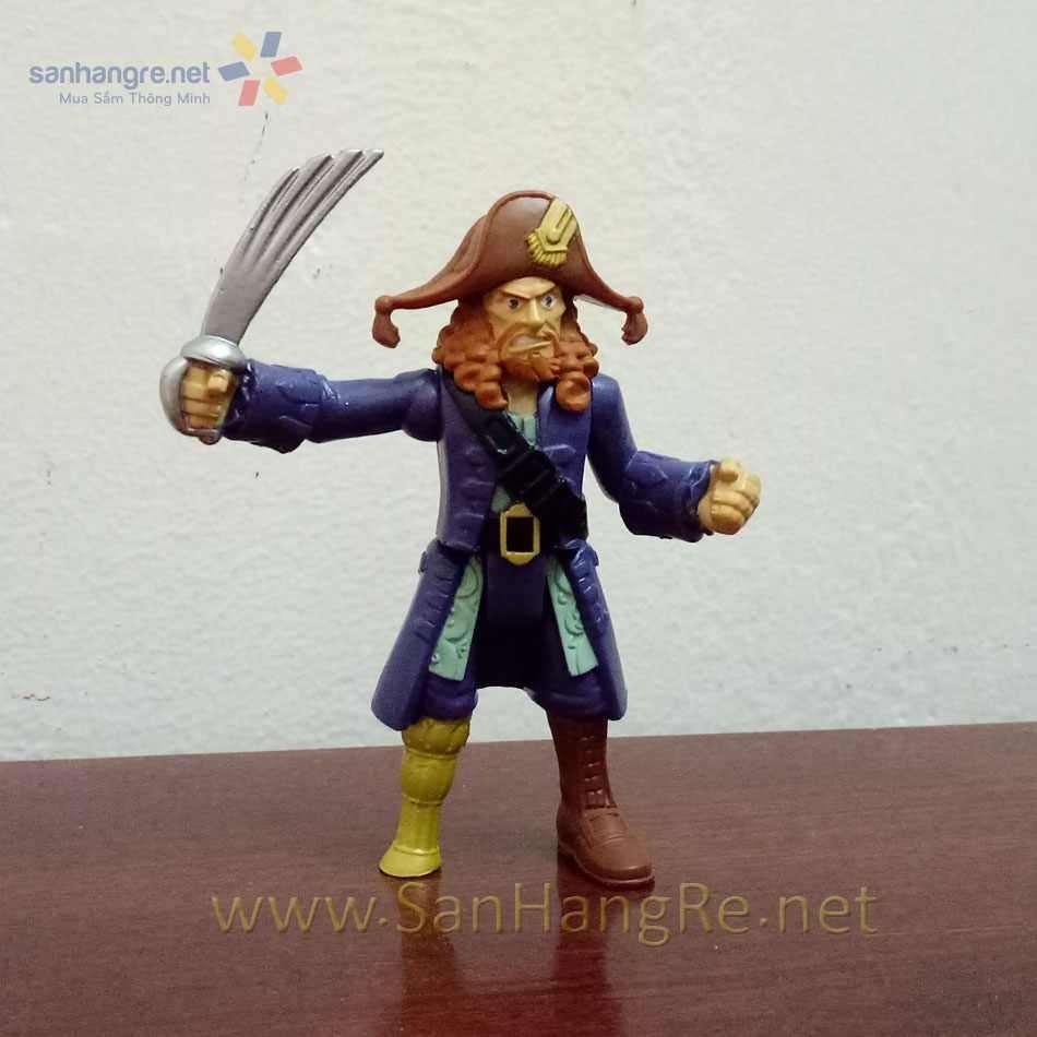 Thuyền trưởng Hector Barbossa và Ghost Crewman