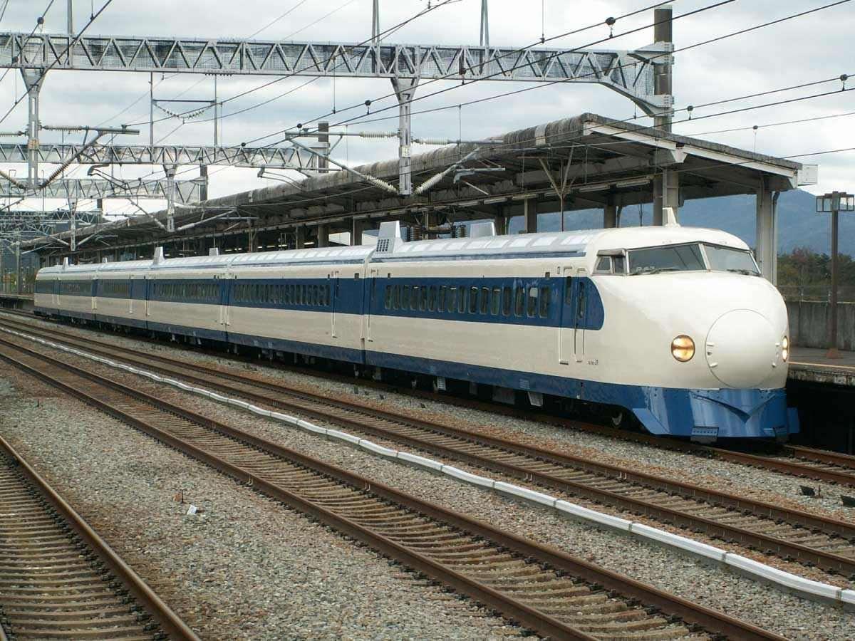 Mô hình tàu hỏa chạy pin Takara Tomy Series 0 Shinkansen