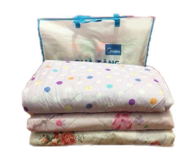 chăn hè cotton trần bông quà tặng từ midea