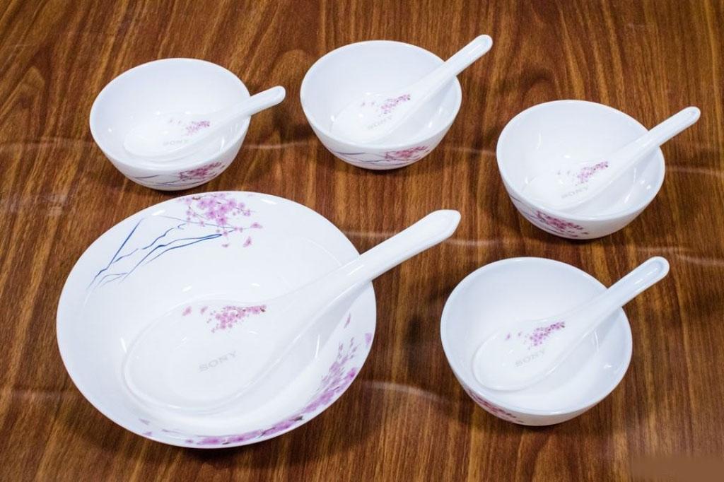 Bộ 19 món bát đĩa thìa Ngọc Phú Sĩ hoa đòa Nhật Bản