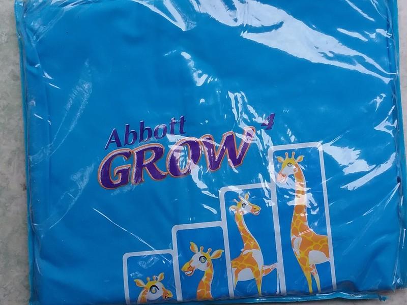 Áo mưa trẻ em Grow Abbott