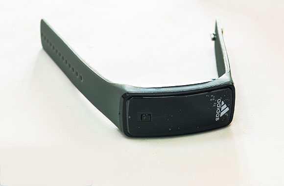 Đồng hồ LED điện tử silicon mặt kính thể thao