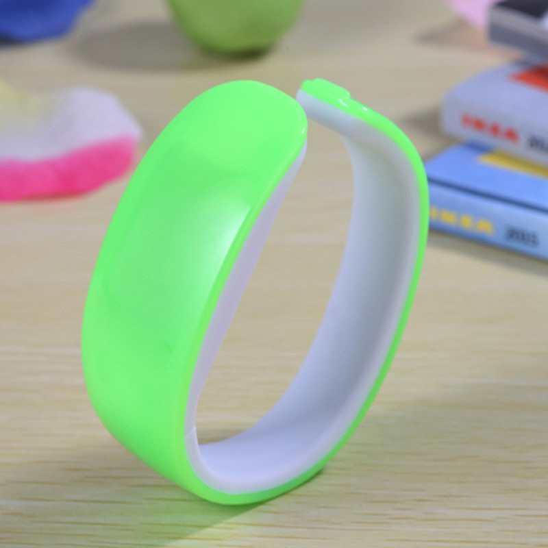 Đồng hồ LED vòng tay Nhựa Silicon thời trang kiểu mới