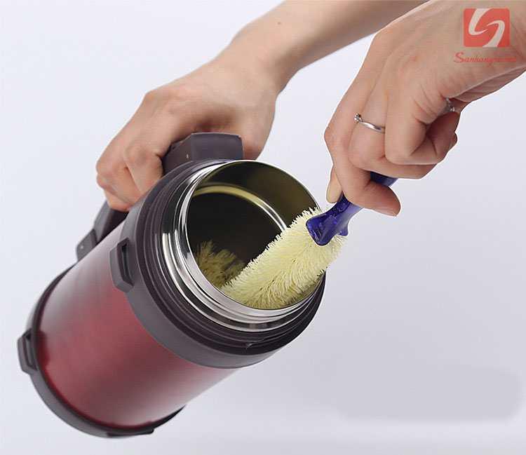 Dụng cụ cọ rửa bình, cốc KM 2056 hàng Nhật