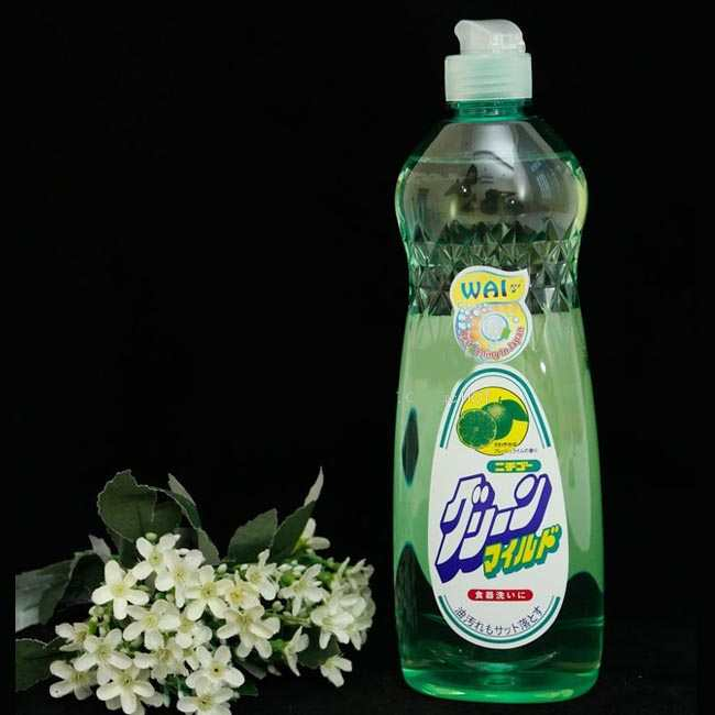 chai nước rửa chén Wai 600ml Nhật Bản