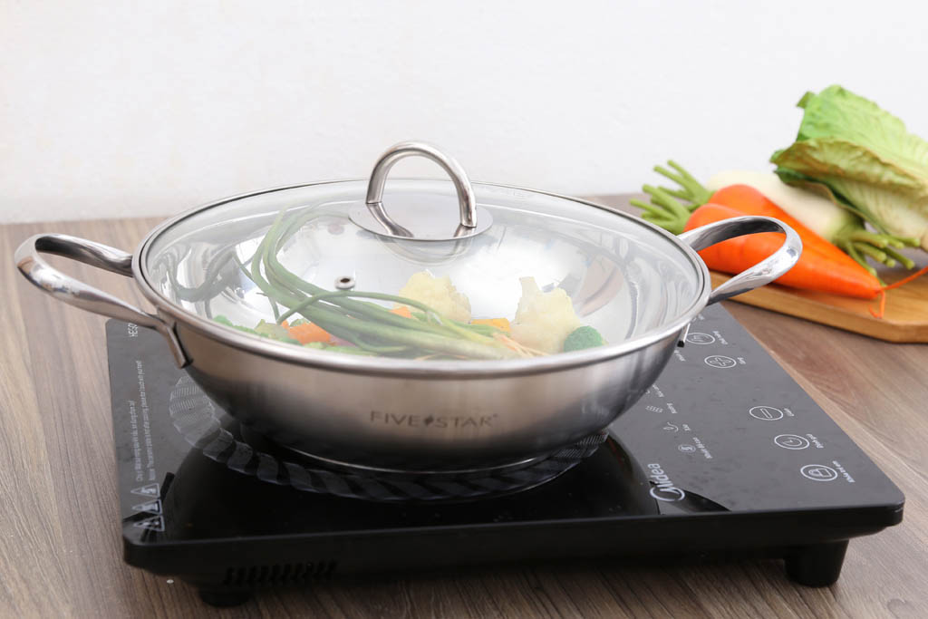 Chảo lẩu, xào, nấu inox 430 Fivestar 3 đáy dùng bếp từ nắp kính 26cm chính hãng, bảo hành 5 năm