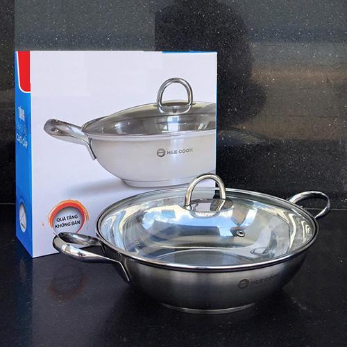 Chảo lẩu Inox 3 đáy H&E Cook vung kính 28cm