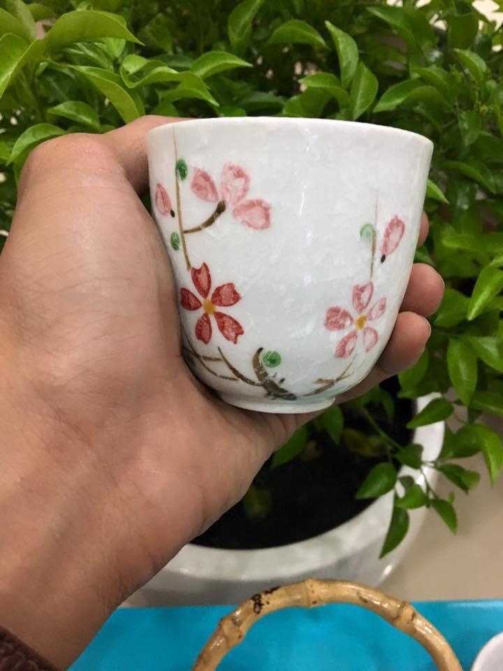 Bộ bình và 6 tách trà sứ hoa cương Lock&lock SLH190S01 (Tặng lưới lọc trà Inox)