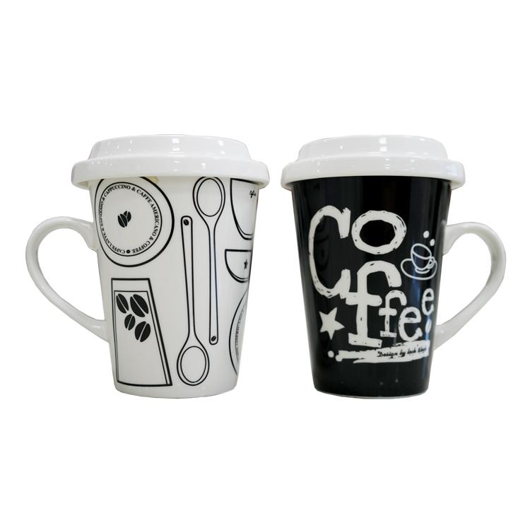 Ly sứ có nắp đậy và quai Lock&lock Merry & Funny SLB008D 370ml - Coffee Brunch Mã sản phẩm : SLB008D Thương hiệu Lock&Lock Xuất xứ thương hiệu Hàn Quốc Sản xuất tại Trung Quốc Nhập khẩu và phân phối bởi Công ty Hanacobi Vina Dung tích 370ml Chất liệu : Sứ ceramic Kích thước (D x R x C) 8.6 x 8.6 x 13.3 cm Trọng lượng : 250gram Hướng dẫn bảo quản Để nơi khô ráo, thoáng mát, tránh va đập  Ly sứ có nắp đậy và quai Lock&lock Merry & Funny SLB008D 370ml - Coffee Brunch  Đặc điểm nổi bật - Được làm bằng chất liệu sứ tráng men sáng bóng cao cấp, không chứa chì, an toàn cho sức khỏe - Thiết kế tinh tế, sang trọng, họa tiết sinh động, độc đáo phù hợp cho những ai muốn thể hiện cá tính như nhân viên văn phòng, doanh nhân ... - Có nắp đậy bảo quản nước khỏi bụi bẩn và tay cầm tiện lợi - Ly sứ SLB008D có họa tiết in chữ Coffee Brunch nổi bật  trên nền màu đen  Ly sứ có nắp đậy và quai Lock&lock Merry & Funny SLB007A 370ml - Love tím  Ly sứ có nắp đậy và quai Lock&lock Merry & Funny SLB008D 370ml - Coffee Brunch phối hợp họa tiết dòng chữ Love nổi bật, sinh động và độc đáo, được làm từ chất liệu sứ sáng bóng, có khả năng chịu được nhiệt độ cao, bền đẹp, không chứa chất độc hại, đảm bảo an toàn cho sức khỏe người sử dụng.  Thiết kế quai cầm được dùng tại bàn hoặc đặt trong phòng làm việc rất đẹp và tạo không gian thêm phần trang nhã, thuận tiện khi cầm nắm và di chuyển tránh bỏng nóng.  Ly sứ có nắp đậy kín giúp giữ nhiệt và bảo quản đồ uống khỏi bụi bẩn xâm nhập. Sản phẩm có thể sử dụng để uống trà, cà phê hoặc làm cốc uống nước bình thường trong gia đình, văn phòng... mang lại sự tươi mới và sinh động cho không gian.  Ly sứ có nắp đậy và quai Lock&lock Merry & Funny SLB007A 370ml - Love tím  Lưu ý khi sử dụng - Tránh va đập mạnh có thể gây vỡ sản phẩm - Không tiếp xúc trực tiếp với lửa và nơi có nhiệt độ cao như lò vi sóng - Sử dụng búi mềm để rửa sản phẩm - Lưu ý khi để trẻ nhỏ sử dụng sản phẩm  Ly sứ có nắp đậy và quai Lock&lock Merry & Funny SLB007A 370ml - Love tím  Ly sứ c