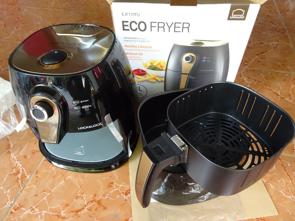 Nồi chiên không dầu Lock&Lock Eco Fryer EJF137FU 3L 1400W