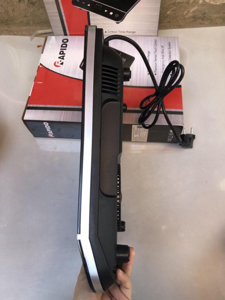 Bếp hồng ngoại Rapido RC2000ES công suất 2000W điều khiển cảm ứng hàng chính hãng bảo hành 12 tháng