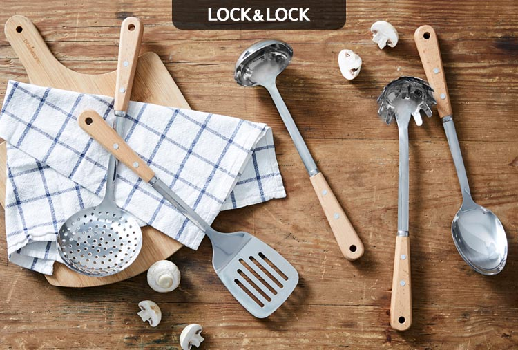 Xẻng Inox lật thức ăn cán gỗ Lock&Lock LLT012
